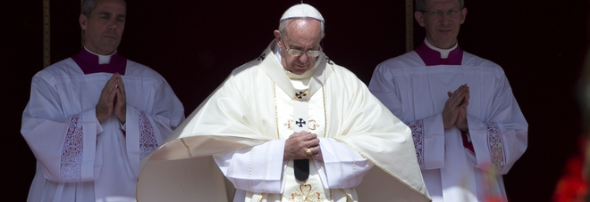 "PAPA FRANCESCO: ""IPOCRITA DIRSI CRISTIANI E POI VOLER CACCIARE VIA I RIFUGIATI"""