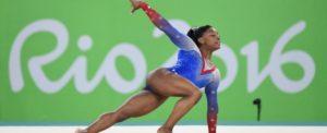 U.S. gymnast Simone Biles delivers a gold-medal performance in the Individual Women's Floor Exercise final at Rio Olympic Arena in Rio de Janeiro, Brazil, on Tuesday, August 16, 2016. Photo by Mark Reis/Colorado Springs Gazette/TNS/ABACAPRESS.COM LaPresse Only italySimone Biles regina dei Giochi di Rio 2016. Trionfa anche nel corpo libero e vince la 4 medaglia d'oro559280