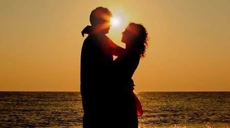 depositphotos_28788983-stock-video-boy-and-girl-hug-standing