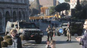 ROMA  DOPPI BLINDATI PER NUOVE MISURE ANTITERRORISMO AL COLOSSEO FRANCESCO TOIATI