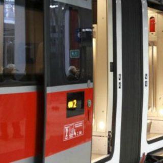 Trenitalia, in arrivo nuovo algoritmo per calcolare prezzi degli abbonamenti e rimborsi per i pendolari