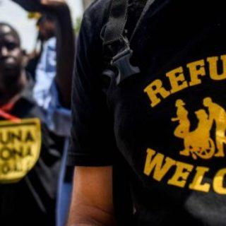 """Migranti, Msf non firma il codice di condotta per i salvataggi in mare. Viminale: """"Chi ha rifiutato si mette fuori"""""""