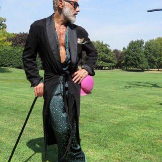 Gianluca Vacchi, guai finanziari per il re dei social. I pignoramenti diventano esecutivi: yacht, ville e azioni per 10 milioni passano a Banco Bpm
