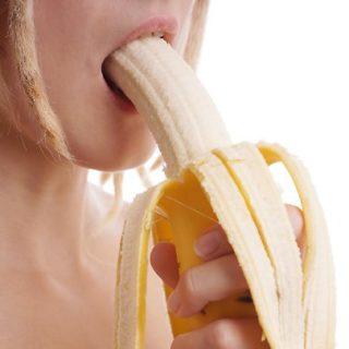 Sesso orale, tutti i segreti per una fellatio perfetta: cosa fare e cosa evitare
