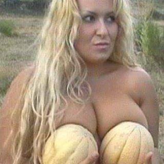 """EMANUELA PETRONI nella divertente """"CENA con DELITTO Sexy""""  presso """"FLAPPER Cabaret Live Club"""""""