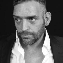 """Danilo Cellanetti nel video musicale """"Janare"""" per la regia di Emanuela Petroni - canzone realizzata dai Punto & Virgola"""