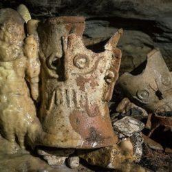 Grotta inesplorata e piena di tesori Maya scoperta in Messico: ecco cosa hanno