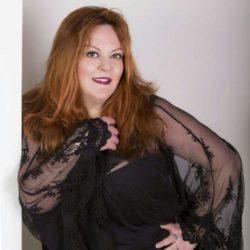 ALESSANDRA RAGUSA si esibirà al Palladio Live Club e verrà presentata in TV e in RADIO da Emanuela Petroni grazie al Festival ANIME di CARTA