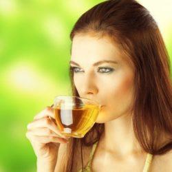 Una bevanda millenaria abbassa glicemia, pressione alta e colesterolo: benefici e controindicazioni