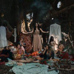 """L'attrice di Rieti Emanuela Petroni nel videoclip di ACHILLE LAURO """"Me ne Frego"""" Sanremo 2020"""