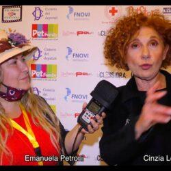 CINZIA LEONE intervistata da Emanuela Petroni in TV su Canale Italia 11 per Pet Carpet Film Festival
