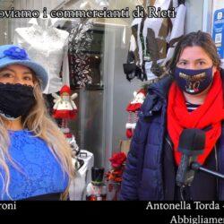Emanuela Petroni presenta in TV i commercianti di Rieti - Nara Camicie Di Torda Antonella